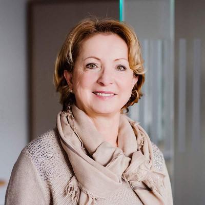 Ursula Bunsen, Geschäftsführerin