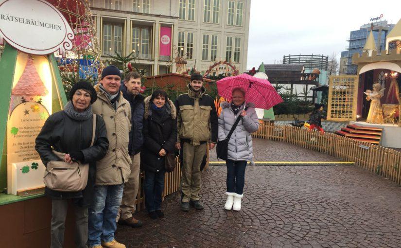 Was  wäre der Leipziger Weihnachtsmarkt ohne das zauberhafte Leipziger Märchenland?