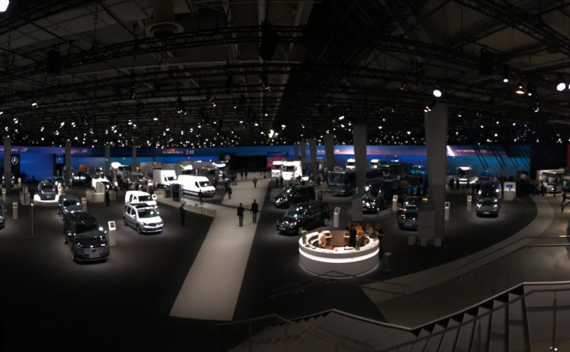 INUMA produzierte für größten Messestand der Daimler AG i. A. von mp